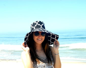 Black and White Summer Sunhat with Wide Brim, Vacation Hat Travel Foldable Sun Hat, Beach Gardening Gift for Her sunhat  Freckles California