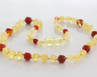 Authentic raw baltic amber baby teething necklace. 31-33 cm/12.2-13 in Amber necklace with agate beads.