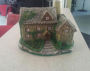 """1986 """"Lighted Country Cottage"""" Hand Painted exclusive design by Ron Gordon"""