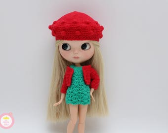 Green and red set for Blythe.