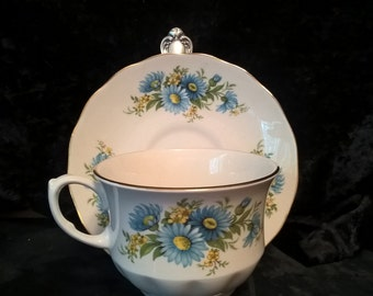 Cup & Saucer by Queen Anne, Bone Chine, Made in England