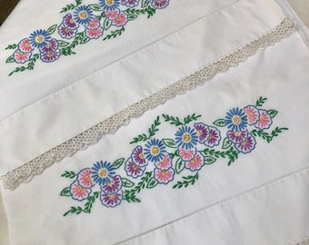 Vintage Pair of White Pillowcases with Hand Embroidery and a Tatted Edge Tatting