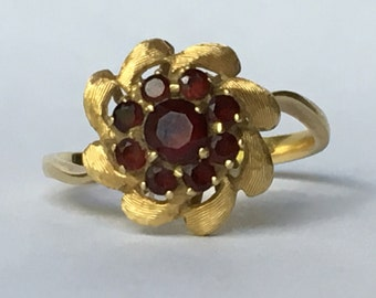 Vintage Garnet Cluster Ring in 18k Yellow Gold Setting. Unique Engagement Ring. Floral Design. January Birthstone. 2 Year Anniversary Gift.