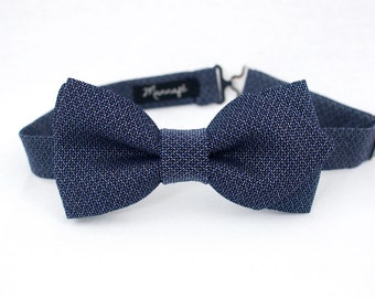 Jacquard wool and cotton, pre-tied and adjustable blue bowtie
