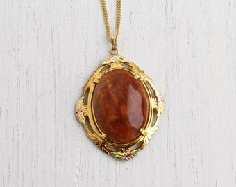 Red Agate Necklace in Gold Tone Art Deco/Nouveau Style Setting-- Vintage Costume Jewelry