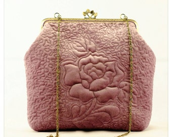 Quilted bag, Free quilting Bag, Clasp Purse, Modern Creatures Purse, Clutch Purse, Bronze kiss lock Frame, Velvet Bag