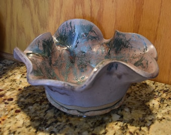 Medium Ceramic Serving Bowl: Camilla