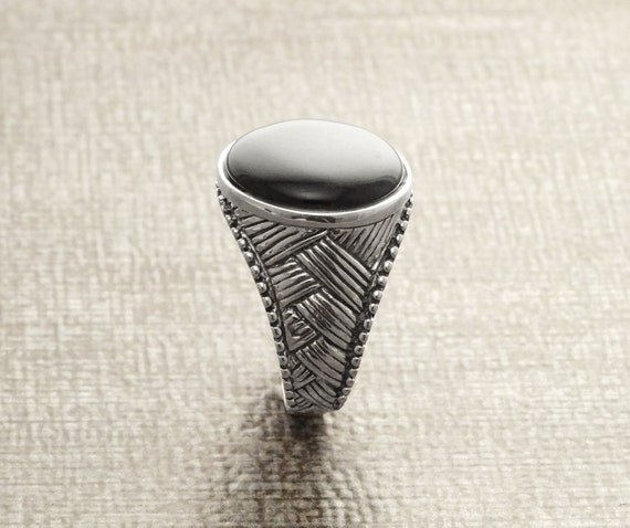 Tribal Signet Ring, Sterling Silver Ring, Ethnic Ring, Mesh Ring, Round Signet Ring, Black Signet Ring, Men Woman Popular Ring,Engraved Ring
