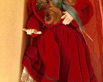 "Paradise Galleries  Vintage Treasury Collection Noelle Christmas Musical Porcelain 15"" Doll"