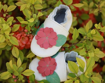Baby shoes Leather baby shoes, Soft sole toddler shoes, Boys', Baby leather moccasins, Girls', Infant shoes, White, Red Flower, Evtodi