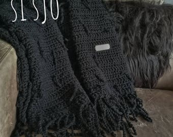Big Black & Beautiful Crochet Si Sjo living blanket