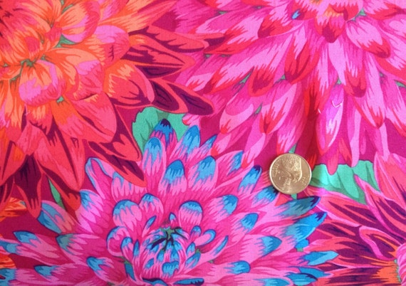 CACTUS DAHLIA  Red Philip Jacobs Sold in 1/2 yard increments