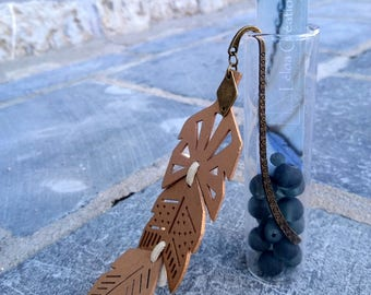 Wooden bookmark, feather and bronze diamonds