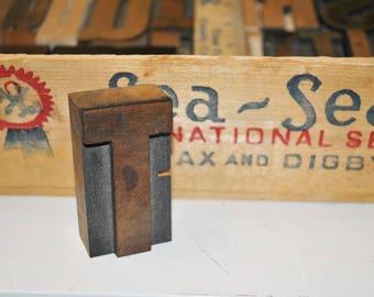 Letter T Vintage Wood Letterpress   Capital Letter T  Antique Letterpress Block 2.5 Inches Tall
