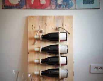 Wine cellar in wood and hemp