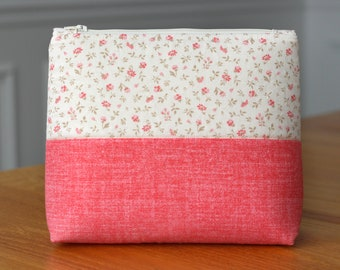 Makeup Cosmetic Travel Bag, Large Zipper Notions Pouch - Peach Flowers