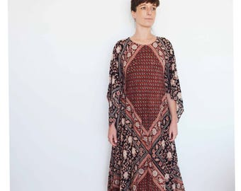 Vintage ADINI caftan dress in warm rusty tones - vintage block print cotton 70s Indian- one size