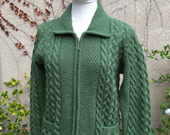 Vintage 1980s green Shades of Aran from Ireland chunky Cable knit fisherman sweater cardigan size S M