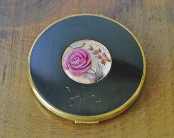 Vintage Pygmalion Compact, Gold-Tone Enamel And Lucite Compact