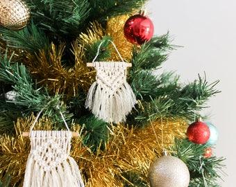 4 X Mini Macrame Wall Hangings / Macrame Christmas Ornaments Handmade
