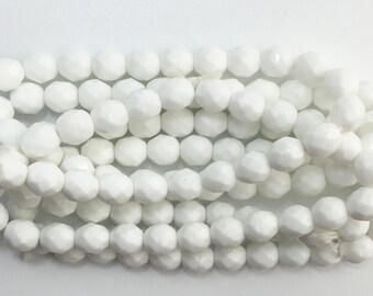 Faceted Chalk White Glass Beads 8mm (30) bds1501L