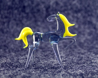 Color Glass horse.Figurine horse.Figurine Glass.Figurine.Glass Animal.Sculpture Glass.Art horse.Figure horse.gift.blown glass figurine(k44)