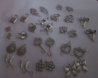 set of 30 charms 15 different patterns # F