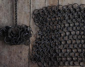 Vintage Primitive Pot Scrubbing Chain Maille, Cast Iron Pot Scrubber