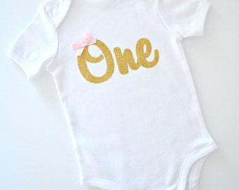 Baby Girl Glitter 'One' 1st Birthday Onesie Bodysuit | Gold Glitter with Pink Bow | 1st Birthday Party or Cake Smash Outfit | Made to Order