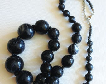 Necklace - black grey marbled graduated plastic chunky beads necklace