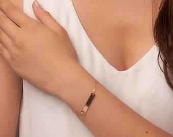 Hammered gold bar bracelet, personalized gold bar bracelet, gold name bar bracelet, nameplate bracelet gold, initial bracelet, initial bar