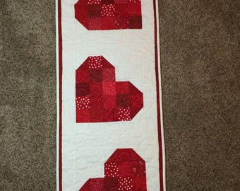 "Valentines Day Wall Hanging or Table Runner, 15"" x 42"""
