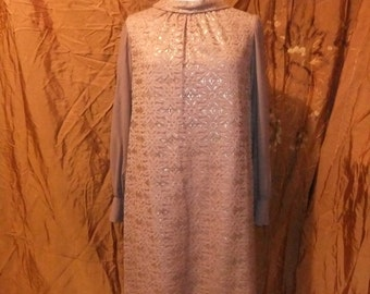 Vintage 1950s Brown Gold/Lace overlay dress sz 16/Sm 18 Roll Neck/Pencil/Shift style