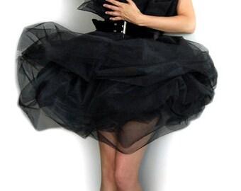 Schwarze Rosen-Kleid