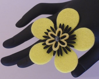 Halle (Funky Felt Flowers Cocktail Ring)