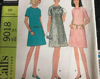 Vintage 60s McCall's 9018 Dress Pattern-Size 14 (34-26-36)