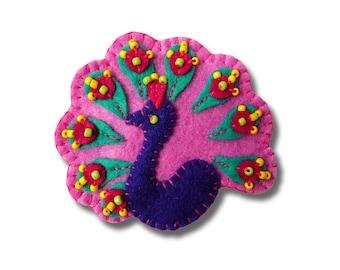 Peacock design handmade felt brooch - color - Dark Lilac