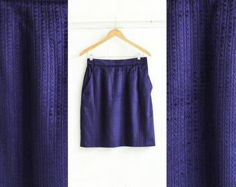 Purple Corduroy skirt, Waist skirt, Mini skirt, Vintage skirt, Velvet skirt, Purple skirt, 70s skirt, High skirt, Fitted skirt / Medium W 29