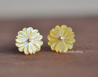 10pcs Yellow Mother of Pearl Shell Carved Flowers 10mm, Center Drilled Flat Back (#V1274)