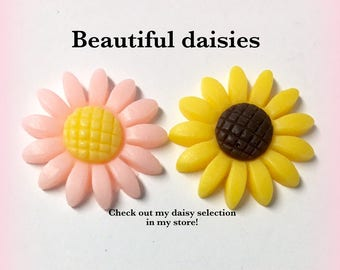 22mm Daisy flower flatback, 10 pieces, pink or yellow daisies, floral, scrapbooking resin daisy, daisy for crafts, cabochons, F46