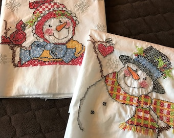 Adorable Mr and Mrs Frosty Hand Embroidered Towel Set