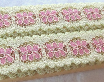 "vintage FLORAL LACE 1"" pink on soft yellow  (153"", 4.25 yards )"