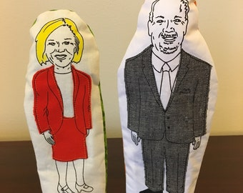 Pipeline battle-Rachel Notley and John Horgan finger puppets