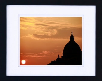 Rome, Basilica di San Pietro at sunset