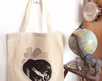 Swimmer in a heart Tote bag, Organic cotton