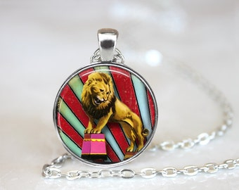 Lion Necklace, Circus Necklace, Circus Jewelry, Circus Lion Necklace, Lion Jewlery, Circus Animal