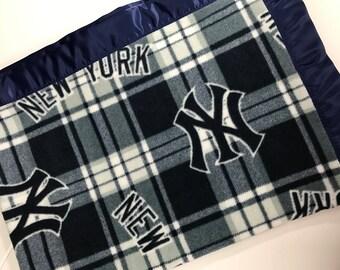 New York Yankees Blanket yankees baby shower yankees baby gift yankees baby blanket ny yankees ny yankees blanket baseball baby gift boy men
