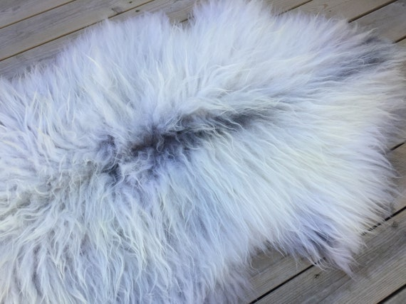 Real natural Sheepskin rug supersoft rugged throw from Norwegian norse breed medium locke length sheep skin grey gray 18080