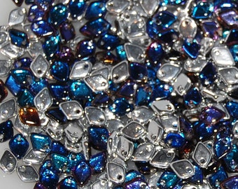 DRAGON SCALE Beads, 5mm x 1.5mm, Crystal Bermuda Blue, 00030/29636, and sold in units of approx 10 gms.