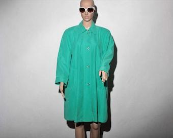 trench coat green 60s